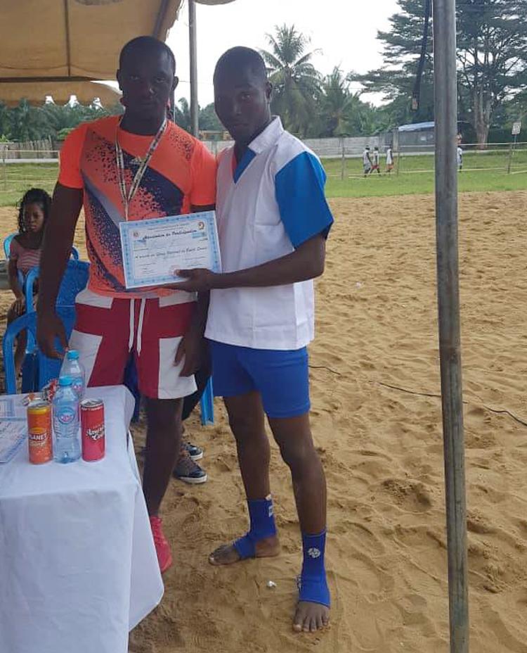 Национальный турнир по пляжному самбо прошел в Камеруне